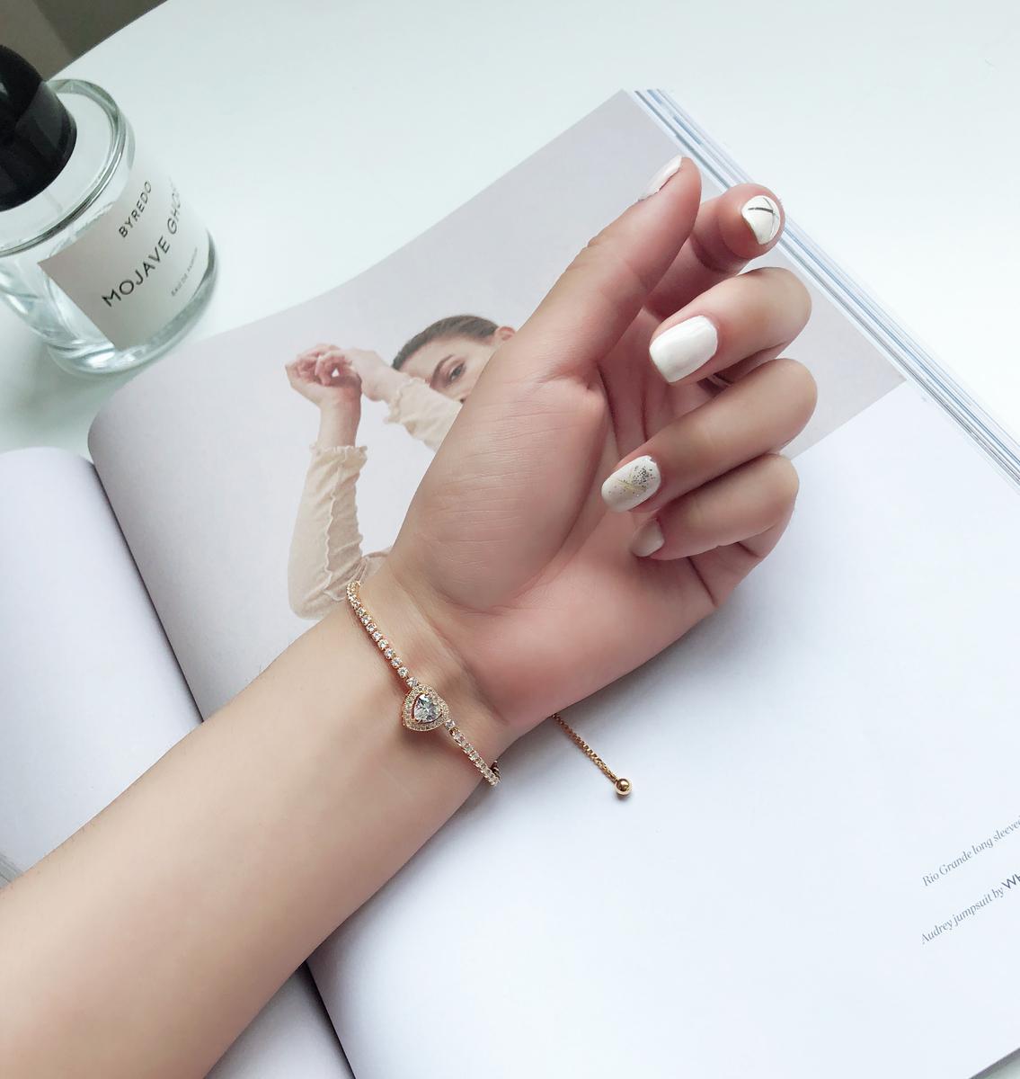 曼迪花园 超仙显白 镶钻爱心手链韩版简约学生闺蜜气质甜美手饰品