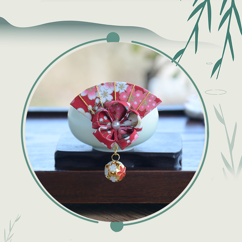 Japanese Hefeng gilded Cherry Blossom hollowed out bell hairpin fan-shaped edge clip bathrobe accessories headdress kimono hair accessories package mail