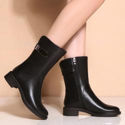 秋冬季真皮中筒靴女平底马丁靴女英伦风短靴圆头加绒百搭平跟靴子