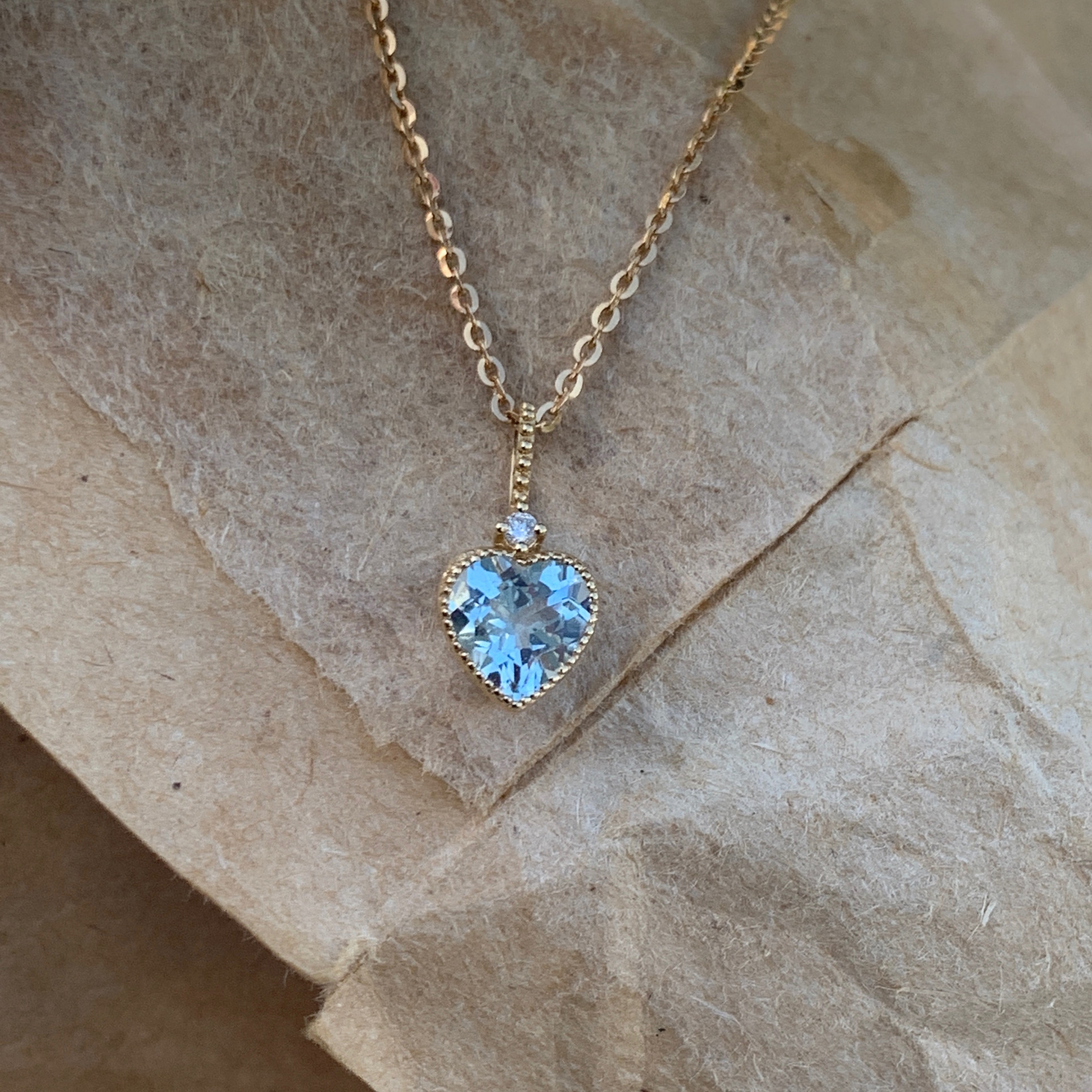18K gold with diamond t natural Aquamarine Pendant Heart Shaped Birthstone Necklace ins Japan and South Korea simple