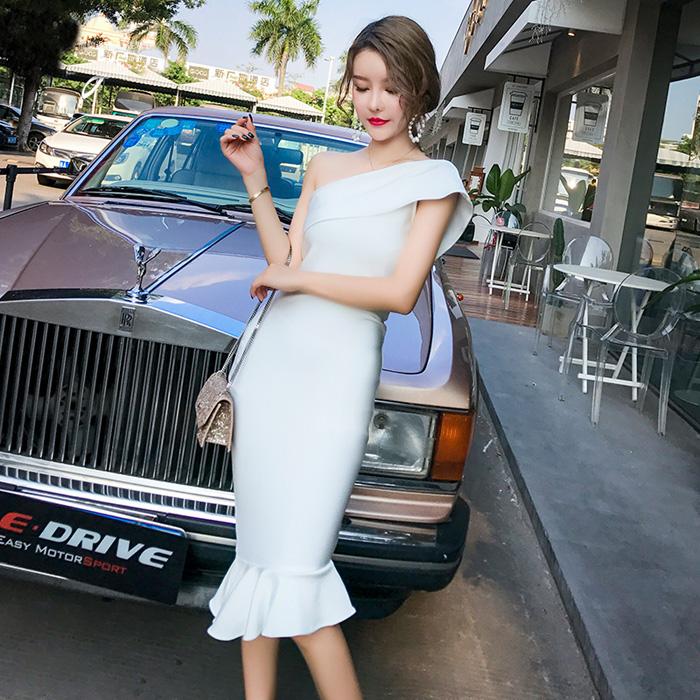 2018新中长款气质鱼尾绷带礼服性感露背单肩婚宴年会派对连衣裙女