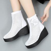 2020春款新款女鞋短靴春秋单靴坡跟厚底高跟鞋裸靴镂空白色女靴子