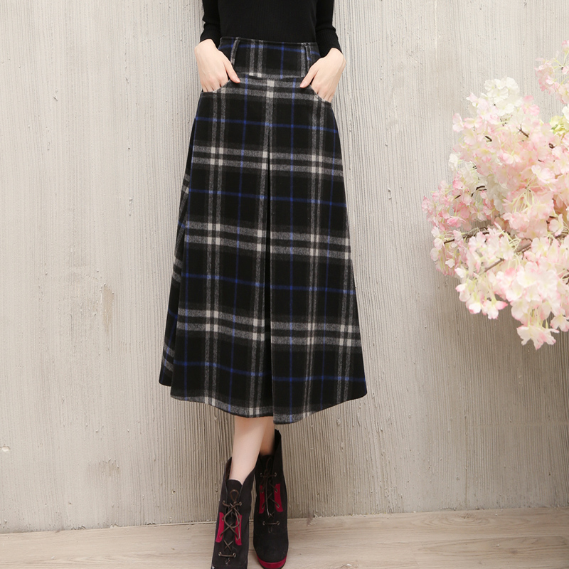 Mid long skirt in autumn and winter new womens Retro thickened Wool Plaid Skirt