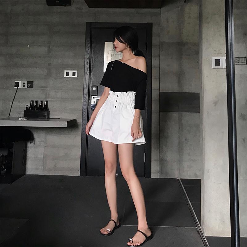 小心机上衣韩版一字肩露肩漏肩纯色宽松黑色百搭短袖棉T恤女夏季