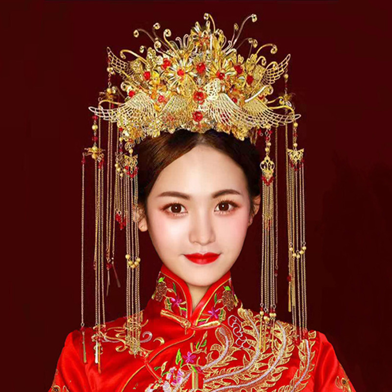 Xiuhe headdress 2020 new brides ancient costume Chinese style Phoenix crested Xiayao tassel atmosphere wedding Xiuhe hairdress female