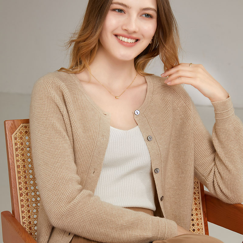 New long sleeved cashmere sweater womens 100 pure cashmere solid color cardigan high neck hooded autumn and winter single row button round neck