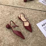 2019夏季新款时尚显白红色浅口尖头半拖凉鞋圆形中跟包头低帮单鞋