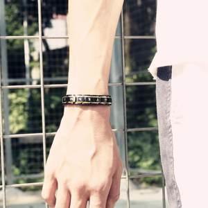 刻字韩版磁石钛钢男士手链学生个性潮男流行首饰品酷防辐射手腕女