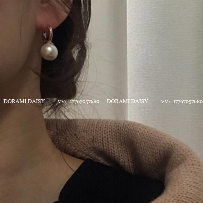 ▲黛丝家▲ Ins极简设计师风格 时髦精致 金属大圈珍珠耳环 耳饰
