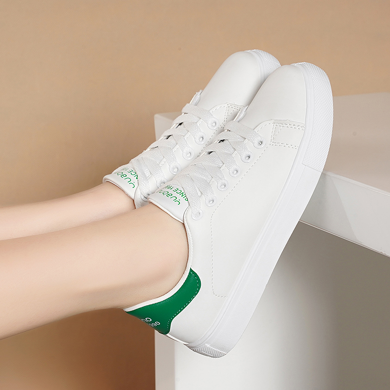 足意尔康2021春秋新款真皮女鞋休闲运动板鞋爆款单鞋女百搭小白鞋