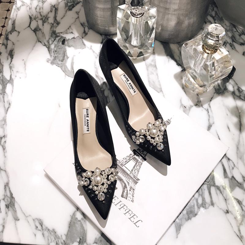 缝制2021秋季新款珍珠水钻尖头鞋