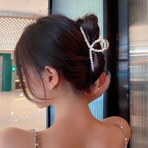 发夹后脑勺抓夹女夏网红2020年新款珍珠盘发发卡头饰2021鲨鱼夹子