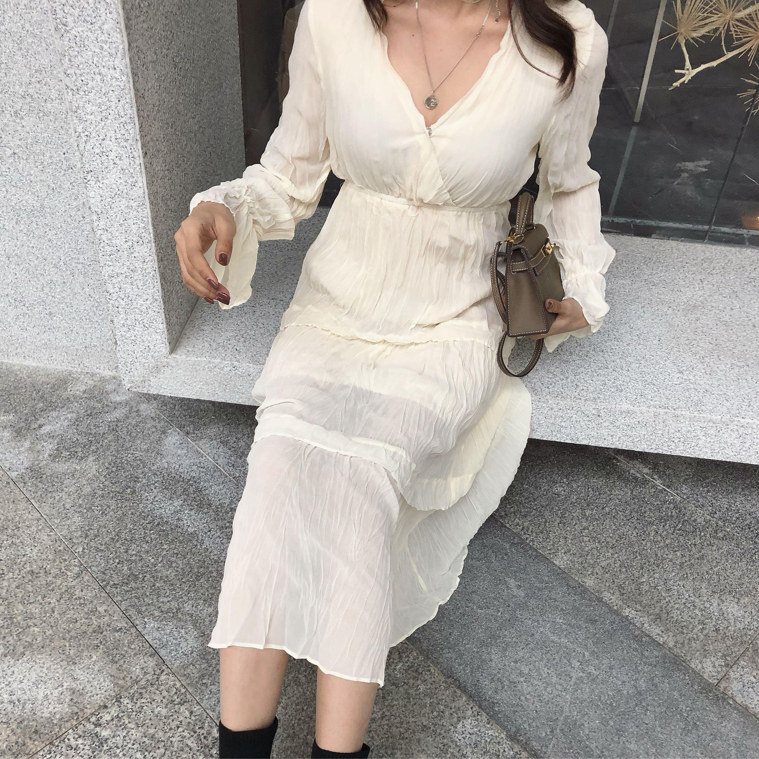 限8000张券韩范气质连衣裙珍珠纱超仙长裙特色ins超火网红同款舒服显瘦显高