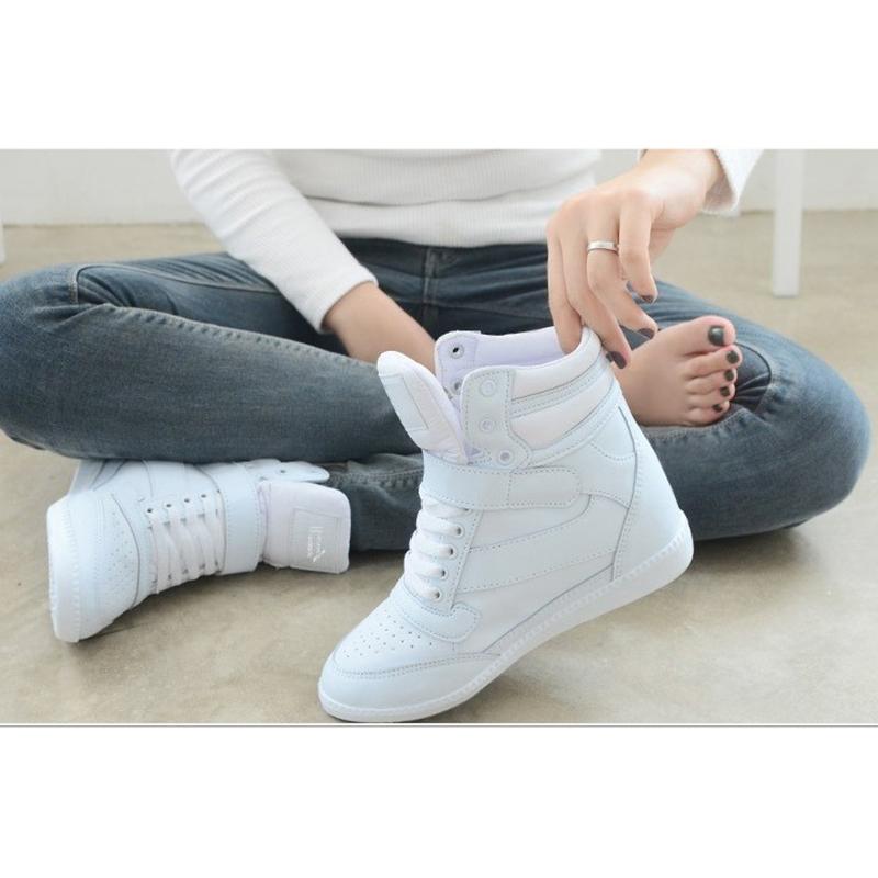 Женские ботинки на платформе / Высокие кроссовки Артикул 526418358099