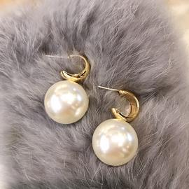 大珍珠耳环s925银针个性金属圆弧形耳坠百搭耳饰学生夸张耳钉潮女图片