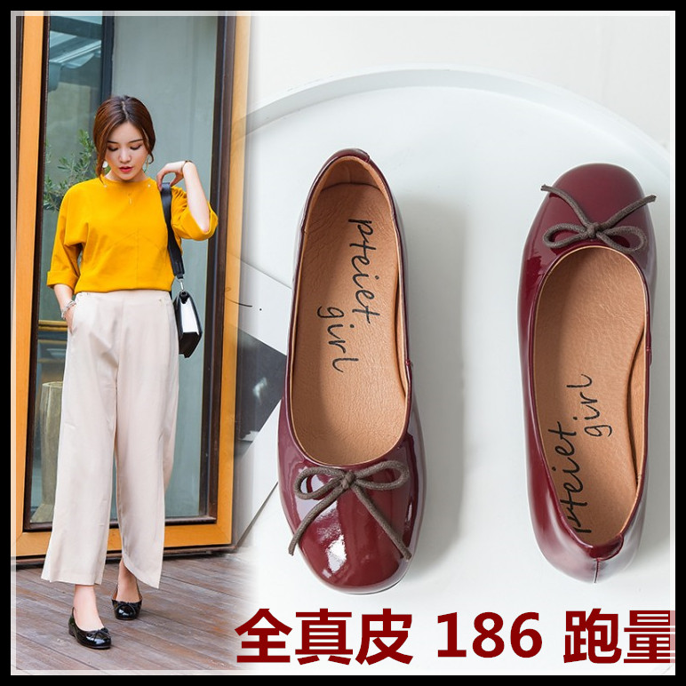 Full leather single shoe women flat sole spring and summer 2020 new round head retro patent leather bow ballet shallow mouth shoes
