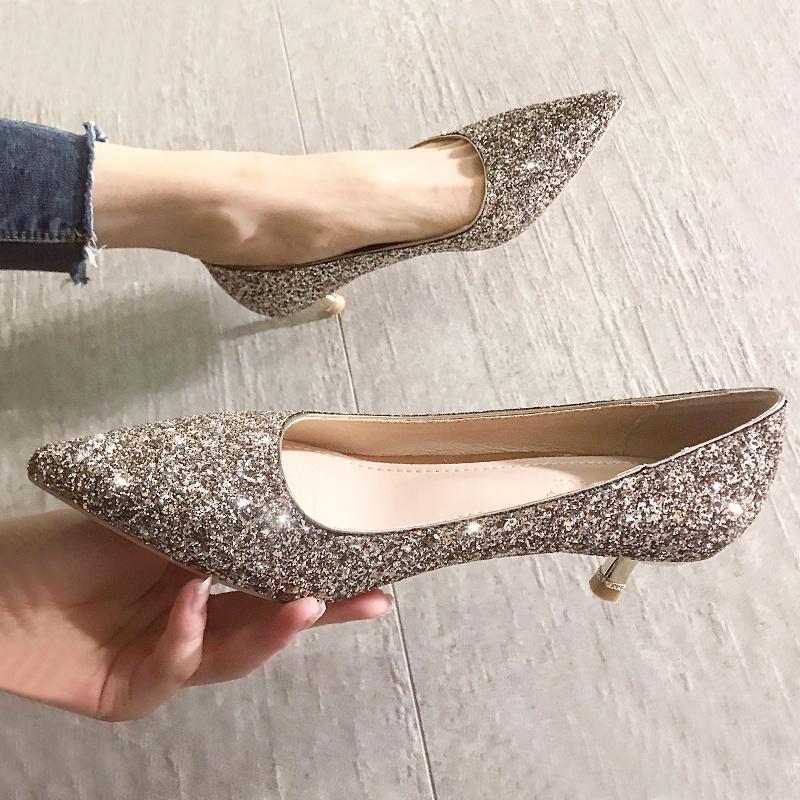 婚鞋新娘鞋水晶2021年新款银色高跟鞋春秋细跟尖头秀禾主婚纱两穿