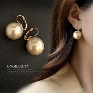 秋冬款单颗大珍珠吊坠耳环超大夸张韩国简约气质百搭法式网红耳坠