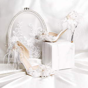 2020新款白色绸缎真丝女凉鞋包头中空水钻羽毛高跟鞋细跟婚纱鞋