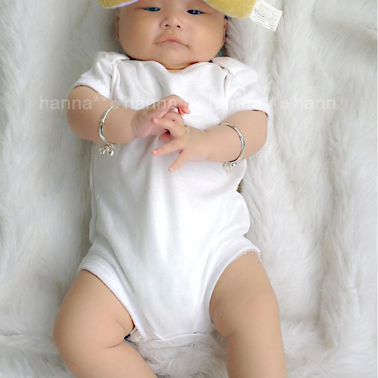 天天特价男女宝宝夏季纯棉三角哈衣连体衣白色婴儿T恤打底衫薄款