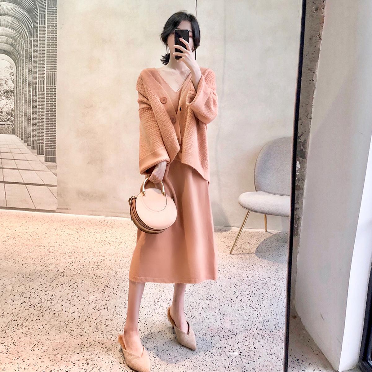 大喜自制针织连衣裙女2018新款秋装早秋韩版气质宽松长袖长款裙子