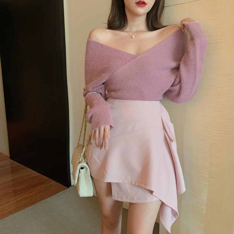 8260#實拍實價 chic露肩交叉V領針織衫毛衣+高腰不規則半身裙短裙