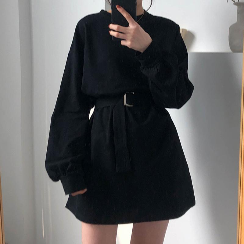 秋天2019新款韩版气质女神范衣服收腰显瘦黑色小众长袖连衣裙女夏39.87元包邮