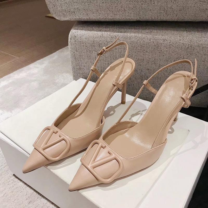 新款法式金属V扣凉鞋女夏包头后空浅口女鞋尖头细跟裸色高跟鞋8cm图片