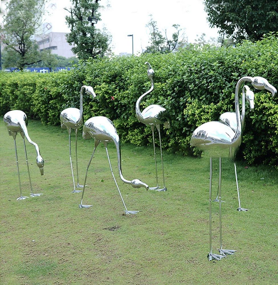 不锈钢火烈鸟雕塑镜面仙鹤金属鸟类摆件户外景观草地草坪绿地鸟