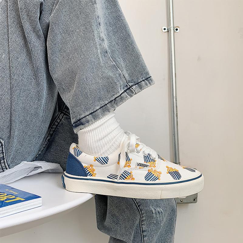 10月18日最新优惠低帮女2019新款复古港味学生帆布鞋
