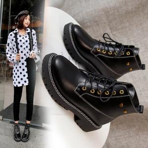 短靴女春秋单靴2019新款英伦风百搭平跟马丁靴女秋冬机车靴女靴子
