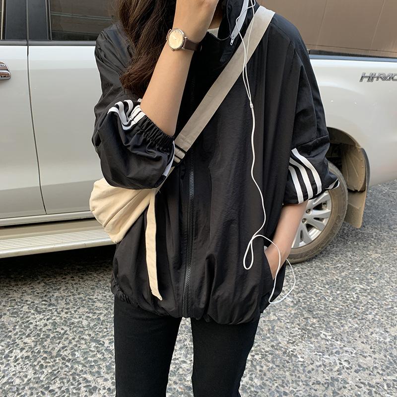 韩国代购女装2021春秋连帽撞色宽松条纹棒球服风衣防晒衣运动外套