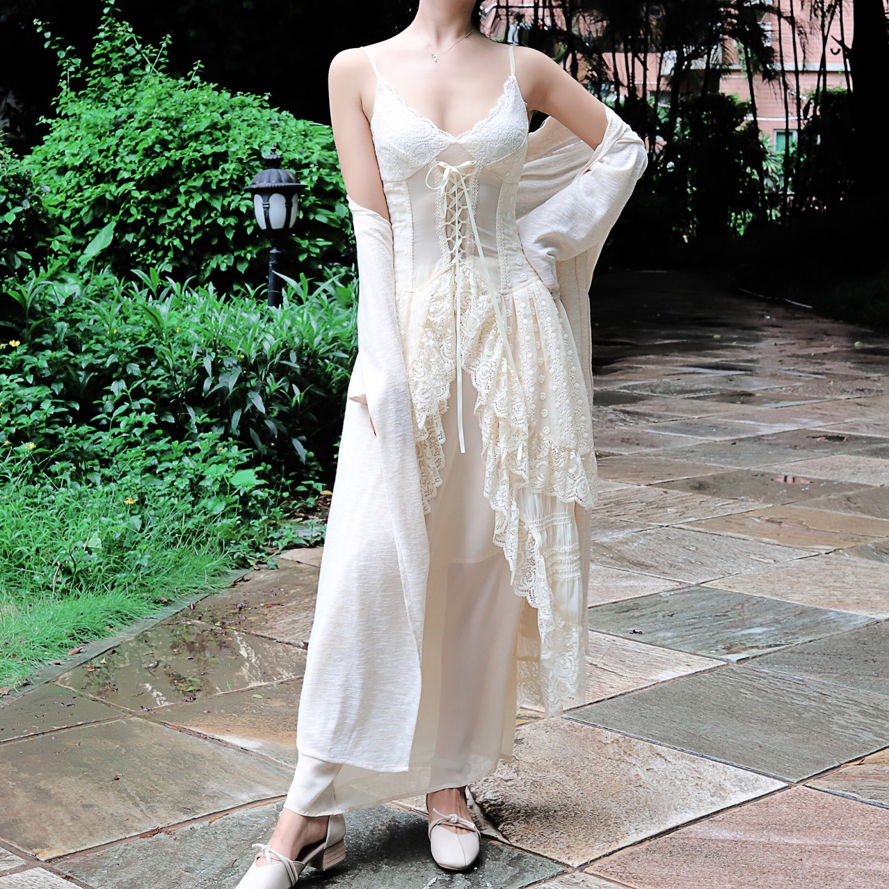 Zhixun same style Pea Princess retro auricular sling long dress court style show thin cover meat two piece set
