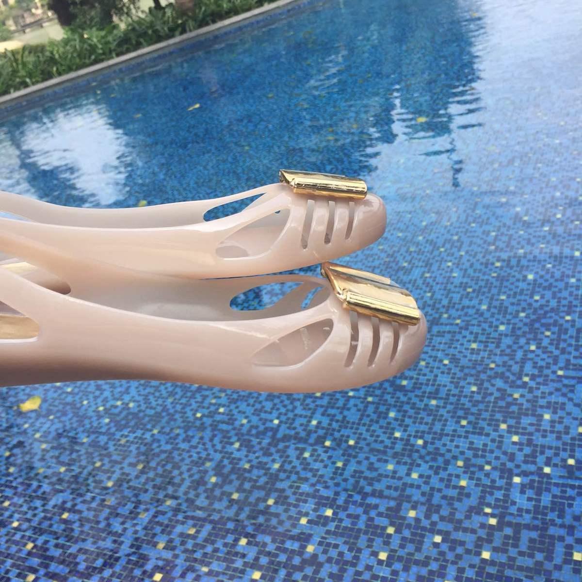 2019春夏金属扣果冻鞋塑胶鞋内增高单鞋防滑沙滩鞋镂空女坡跟凉鞋