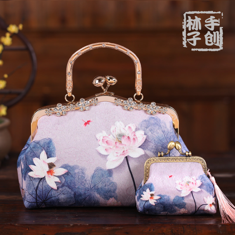 With cheongsam bag, Chinese style retro bag, womens bag, Chinese style Hanfu hand bag, dinner bag, portable Chinese mouth gold bag
