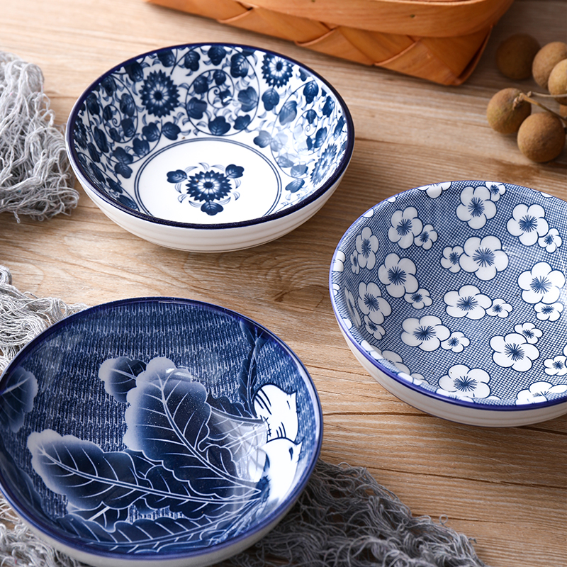 Japanese style and wind ceramic tableware hand-painted creative underglaze color household 5 inch rice bowl small soup bowl blue and white porcelain bowl