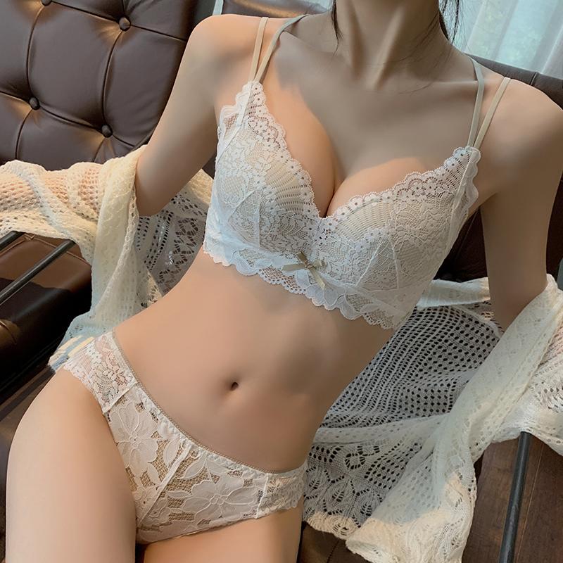 内衣聚拢收副乳防下垂美背调整型胸罩蕾丝无钢圈文胸套装小胸显大