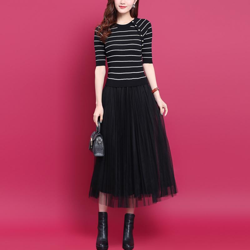 2021秋装新款时尚气质条纹拼接蕾丝网纱裙显瘦假两件针织连衣裙女