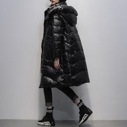 黑色中长款羽绒服女2021冬装新款韩版连帽白鸭绒时尚亮面加厚外套