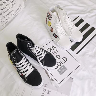 B218-X247-P55高帮刺绣印花贴布卡通图案个性潮流男鞋子黑白两色