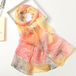 夏季丝巾女士多功能百搭围巾长款披肩女春秋夏季防晒薄款印花纱巾
