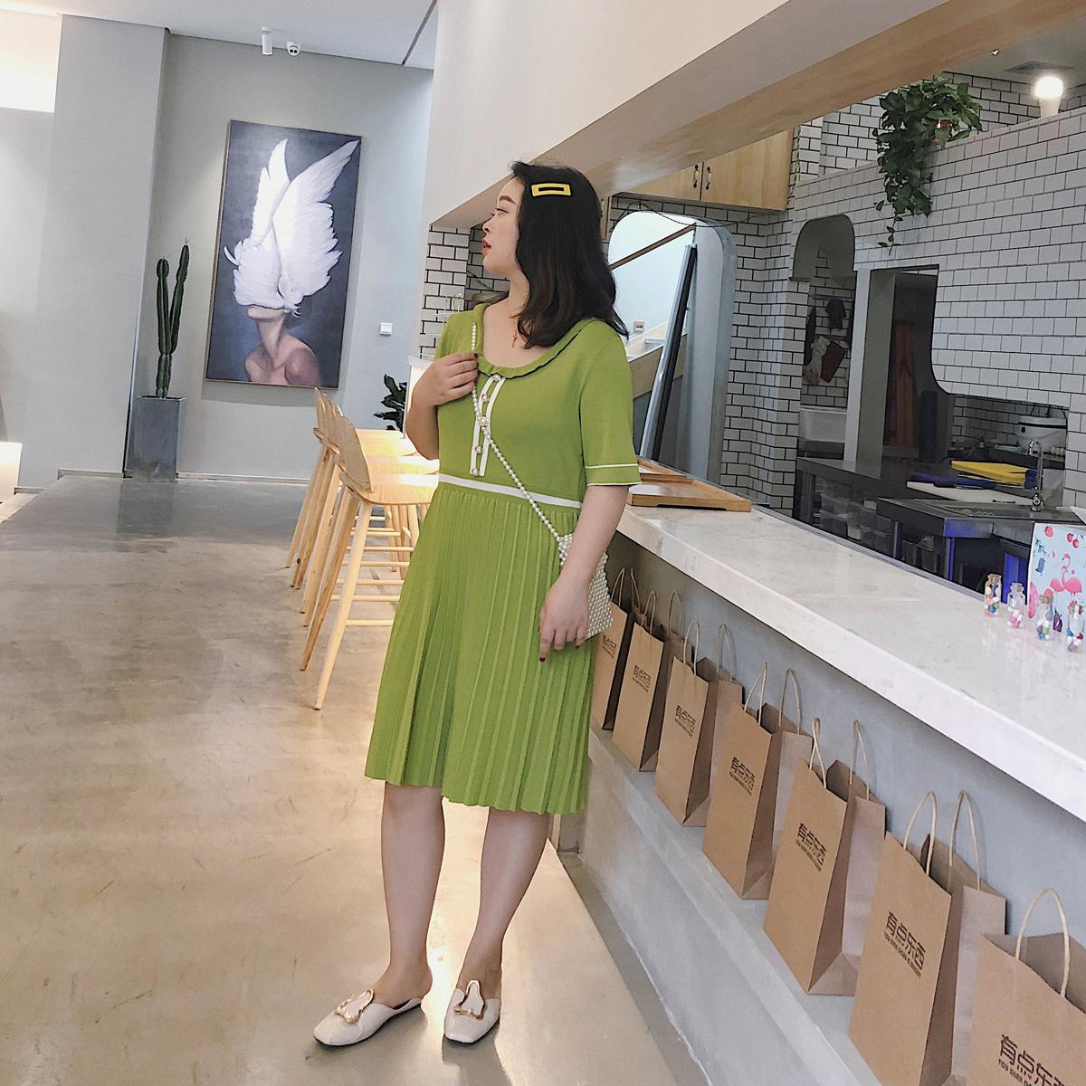 大码胖MM连衣裙韩版2019夏装新款清爽文艺遮肚子减龄显瘦针织裙子