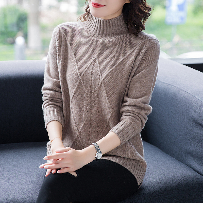 Flying lady 2020 new cashmere sweater half high collar medium length sweater womens thickened pattern sweater foreign style