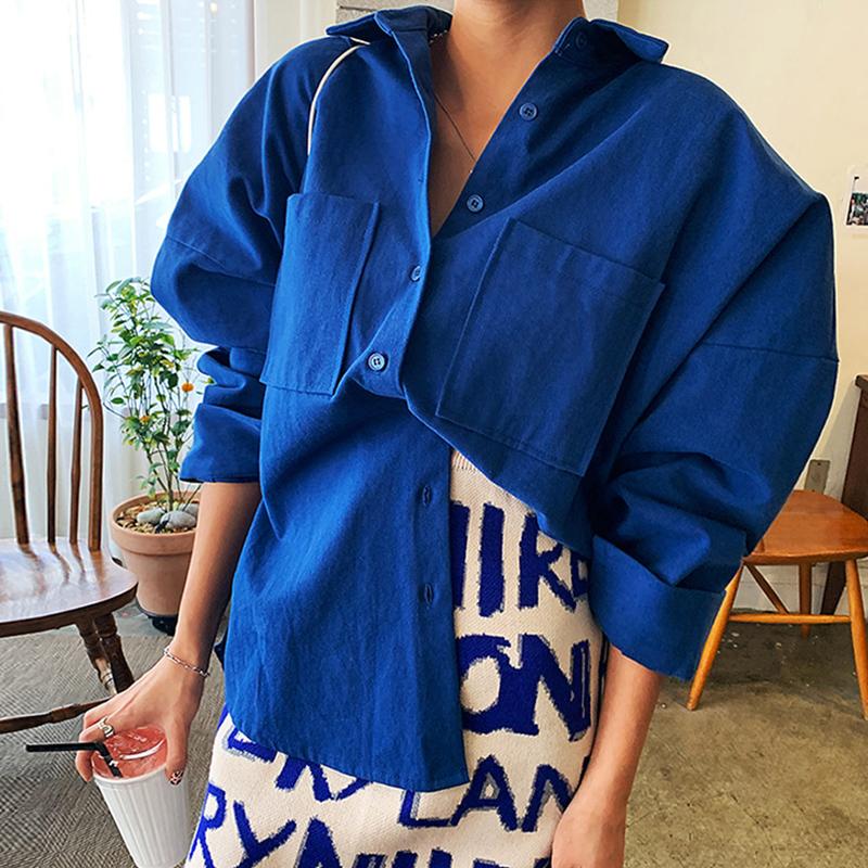 韩国东大门女装2021秋冬新款休闲蓝色韩范双口袋宽松衬衫女