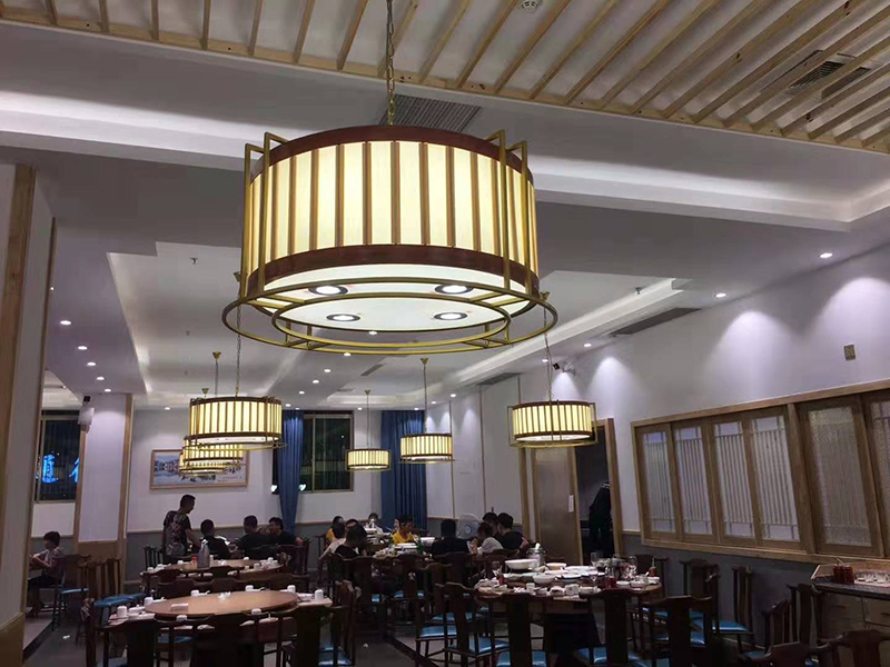 New Chinese creative lantern chandelier Chinese restaurant hot pot shop Guofeng Gallery engineering decorative art designer lamp
