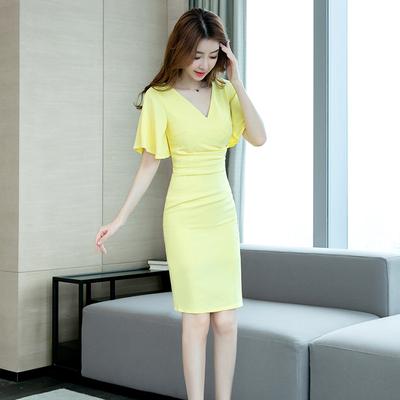 雪纺连衣裙女夏季2020新款性感V领中长款气质修身包臀裙子黄色裙