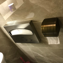 不锈钢一次性马桶坐垫纸盒1/2折坐便纸巾架坐厕纸盒坐垫抽纸架图片
