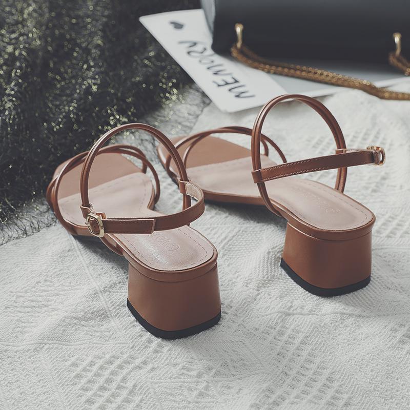 凉鞋女2020年新款百搭仙女风中跟粗跟高跟一字带扣细带罗马凉鞋女图片
