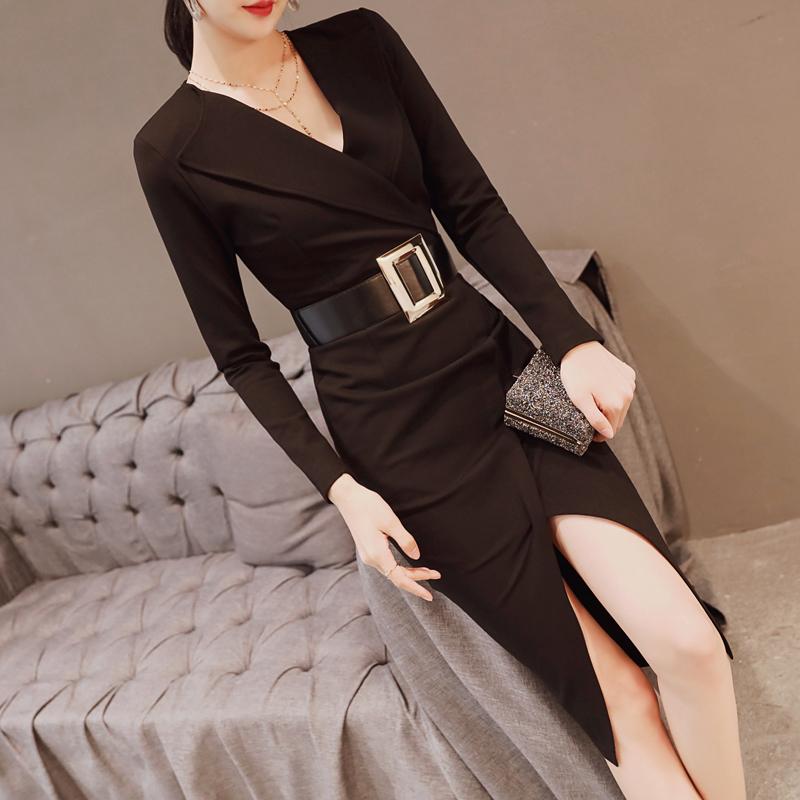 秋装女2018新款连衣裙中长款V领气质大码职业时尚显瘦黑色裙子