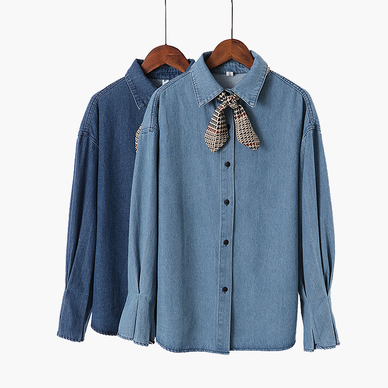 Autumn and winter 2017 new Korean fashion womens pleated trumpet sleeve top loose single breasted long sleeve denim shirt